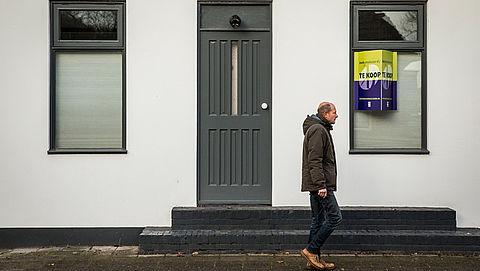 Huizenprijzen stijgen sneller dan verwacht }