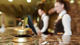 Fletcher heropent alle hotels en restaurants