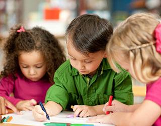 Kind met zorg komt knel in de klas