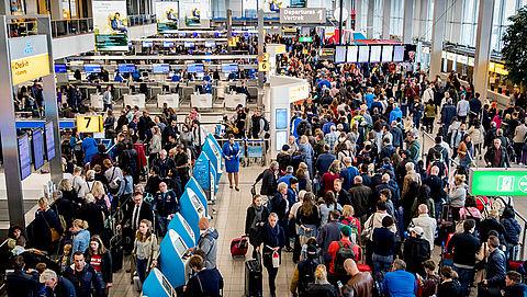 Storm oorzaak voor meeste vertragingen vliegtuigpassagiers