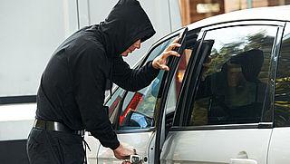 Wat kun je doen om diefstal van auto-onderdelen te voorkomen?