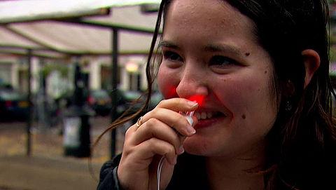 Medinose: allergie bestrijden met lampjes in je neus
