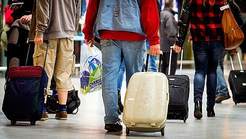 Reizigers zonder handbagage krijgen voorrang op Schiphol