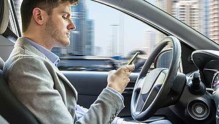 'Volledig zelfrijdende auto laat nog lang op zich wachten'