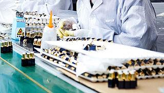 Groot-Brittannië verbiedt gebruik microplastic in producten