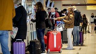 Tweede Kamer stemt in met quarantaineplicht voor reizigers uit het buitenland