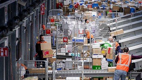 Veel klachten over pakketbezorgers: 'Bedrijven lijken ontmoedigingsbeleid te voeren'