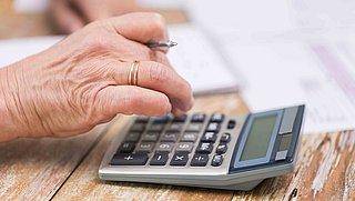 ABP gaat financiële schade door nabetaling pensioen vergoeden