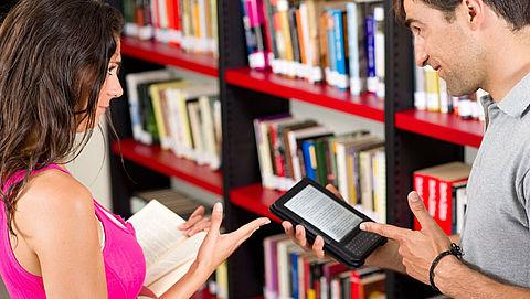 Helft Nederlanders wil e-books in bibliotheek}