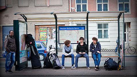 Regio Den Haag vervangt 1100 haltebankjes na incidenten met beknelling}