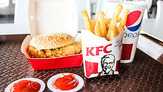 Wakker Dier start landelijke campagne tegen plofkip KFC