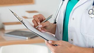 'Particuliere klinieken lopen achter'