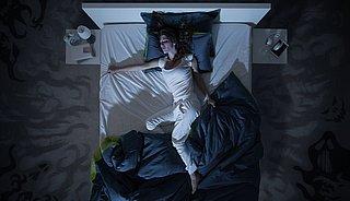 Last van slapeloosheid? Zo val je sneller in slaap!