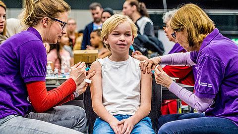 'Laat politiek ondergrens vaccinaties bepalen'