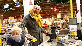 Opnieuw recordaantal pinbetalingen rond kerst