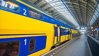 Trein Amsterdam-Brussel halfuur sneller