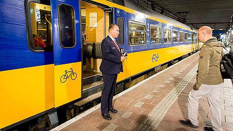 'Raak reizigers niet met staking NS'