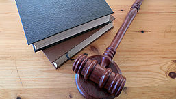 Heb je een rechtsbijstandverzekering? Gebruik hem niet te vaak!