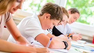 Scholen sturen kinderen die extra zorg nodig hebben illegaal naar particuliere school