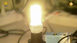 De donkere kanten van de spaarlamp