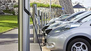 'Maak elektrisch rijden makkelijker'