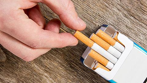 Van Rijn wil merkloze sigarettenverpakkingen}