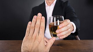 Wanneer drink je te veel alcohol?