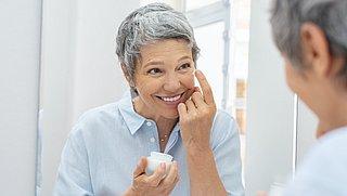 Wat is een goede skincare-routine om rimpels tegen te gaan?