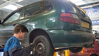 Keuring van Nederlandse auto mag binnenkort ook in buitenland