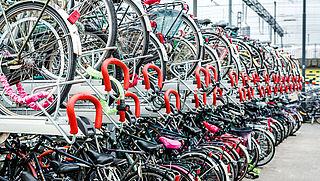Meer fietsenstallingen bij zeven stations