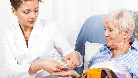 Dosering medicijnen omlaag door inname bij ontbijt