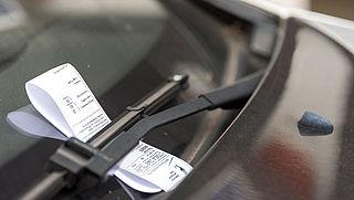 Steeds meer parkeerboetes uitgedeeld in grote steden