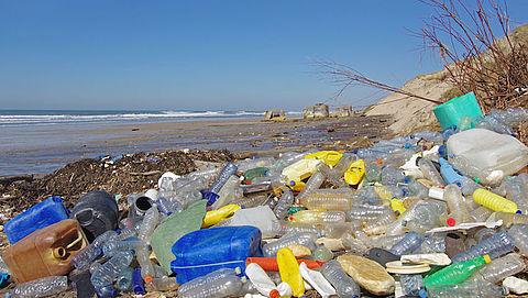 Europa stemt voor verbod op wegwerpplastic