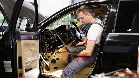 Onderhoudsvrije elektrische auto's probleem voor garages
