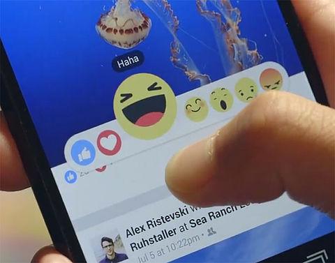 Nieuwe Facebookknoppen met 'wow', 'sad' en 'angry'}
