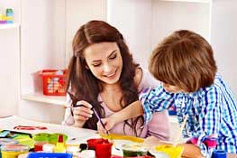 'Ouders moeten hulp krijgen bij uitzoeken kinderopvang' }