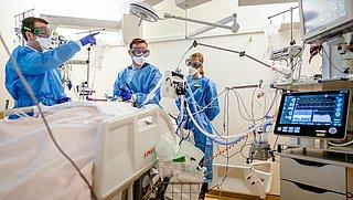 Studie: Britse variant coronavirus tientallen procenten dodelijker, maar analyses niet eenduidig