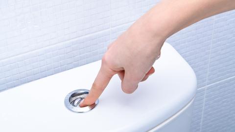 Toilet minder vaak doorspoelen? | Fons checkt duurzame tips