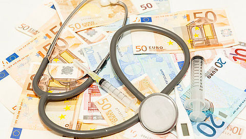Zo kun je bijna 600 euro besparen op je zorgverzekering in 2021