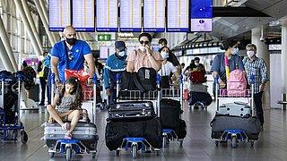 Reisorganisaties: 'Verleng gratis vakantie-testen tot eind september'