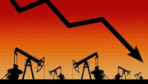 De olieprijzen dalen, merk je dat ook bij de pomp?