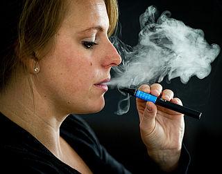 E-sigaret krijgt leeftijdsgrens en andere beperkingen
