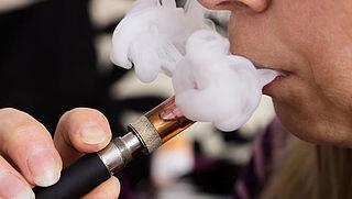 Longartsen: totaalverbod op e-sigaret