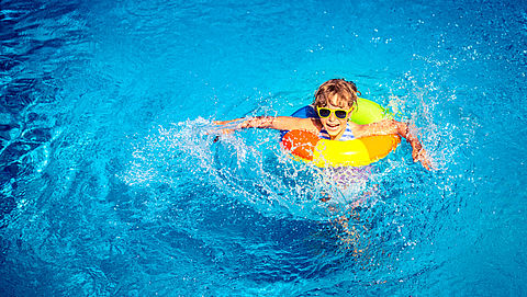 Slechte hygiëne en gebrek aan veiligheid bij 129 zwembaden en sauna's