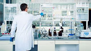 Chemiesector loopt achter met testen van risico's bij veelgebruikte stoffen