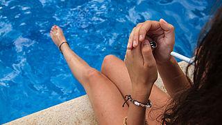 Longfonds pleit voor rookvrije buitenzwembaden