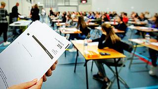 Minister Bruins maakt zich zorgen om medicijngebruik tijdens examens