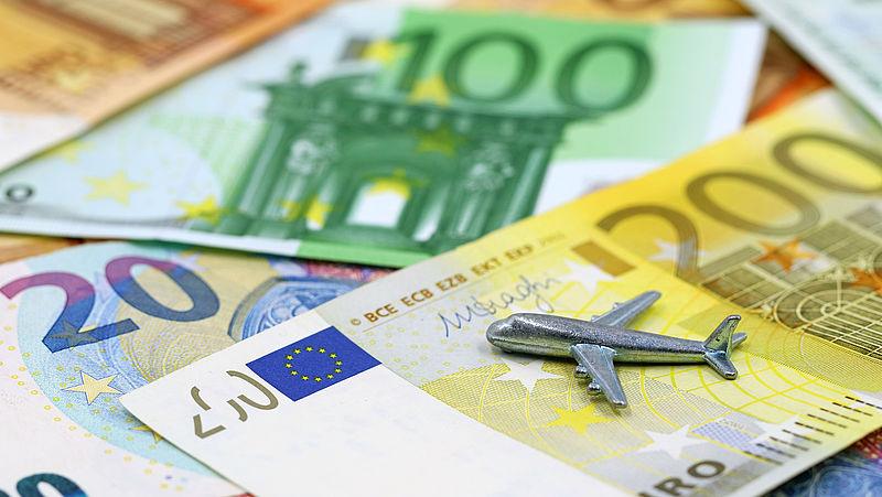 Minister roept mogelijk toch garantiefonds in het leven voor reistickets