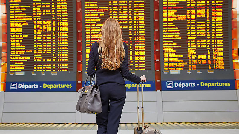 Europese Commissie: coronacrisis doet niets af aan rechten van reizigers