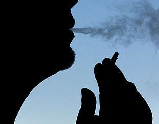 EU ontmoedigt roken met strengere regels